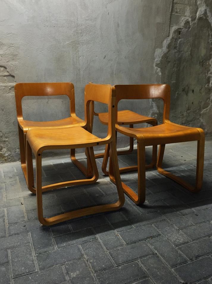 Dinner chairs scandinavisch design sold lev lifestyle for Eetkamerstoelen scandinavisch